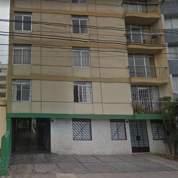 CÉNTRICO Y ACOGEDOR DEPARTAMENTO UBICADO EN ZONA RESIDENCIAL DE MIRAFLORES EN ALQUILER