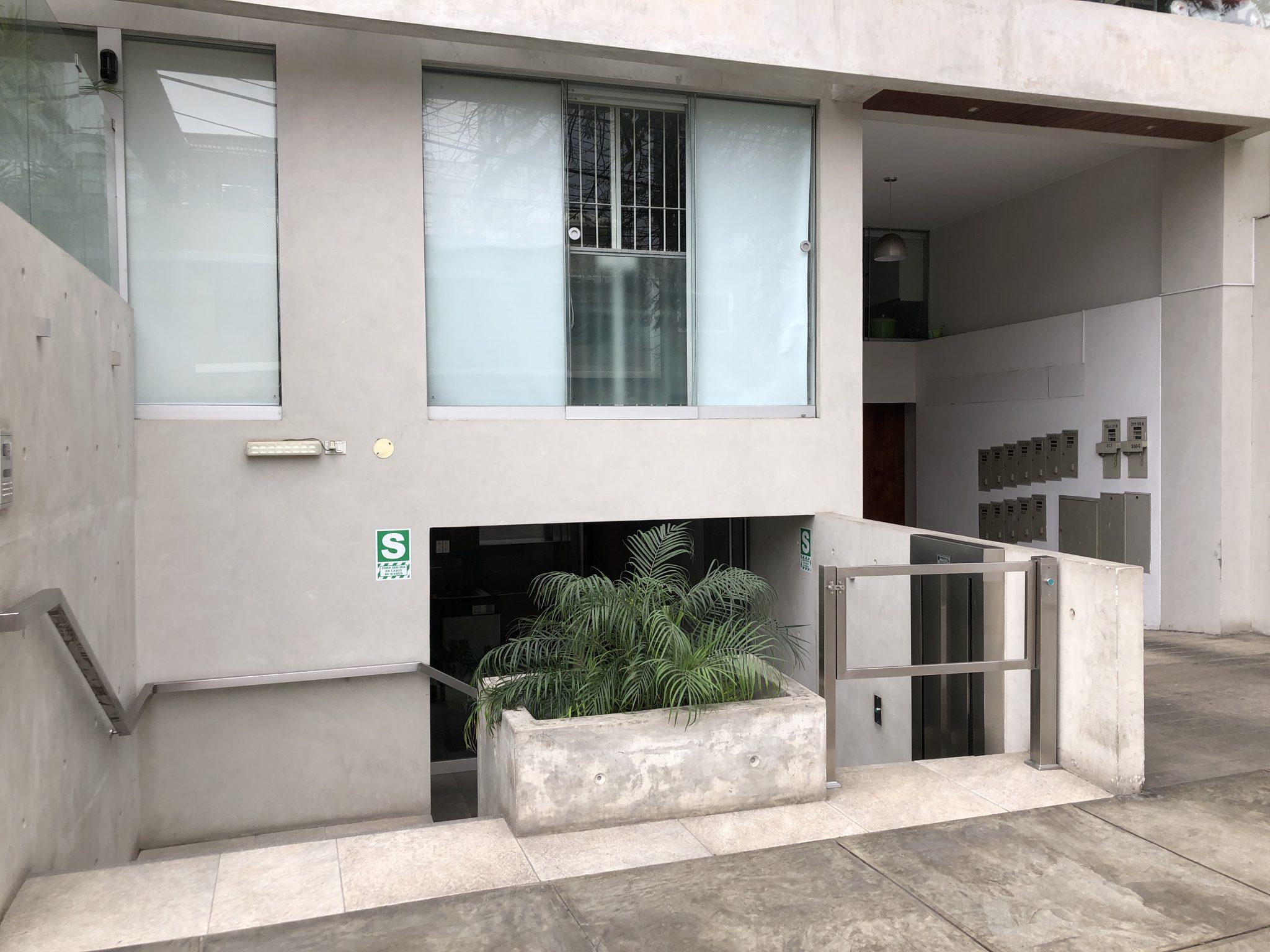 MODERNO DEPARTAMENTO EN ZONA EXCLUSIVA DE BARRANCO EN VENTA US$ 470,000.00