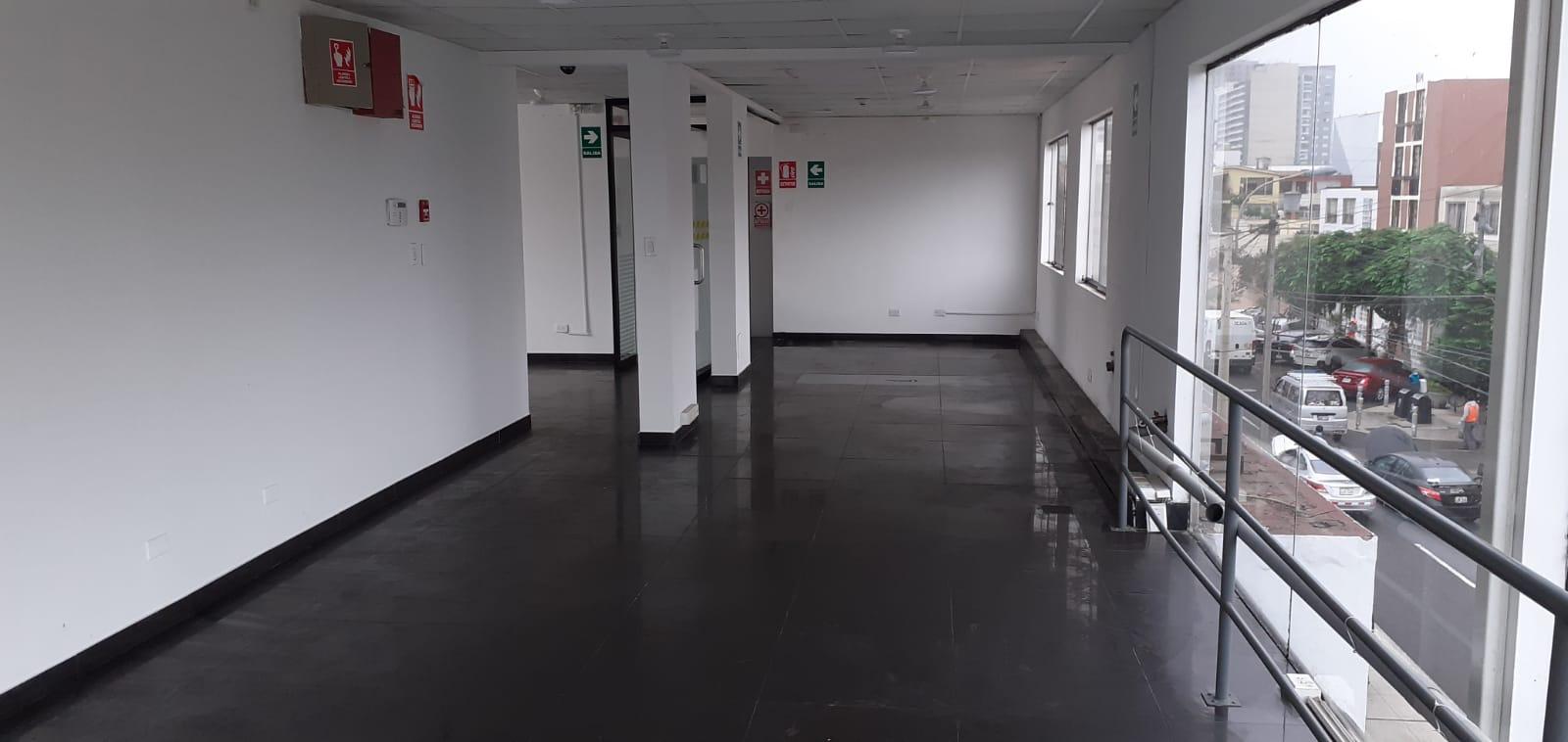 CASA PARA OFICINA EN ESQUINA DE PRESCOTT Y BURGOS EN ALQUILER US$ 5,500.00 CON USO COMERCIAL